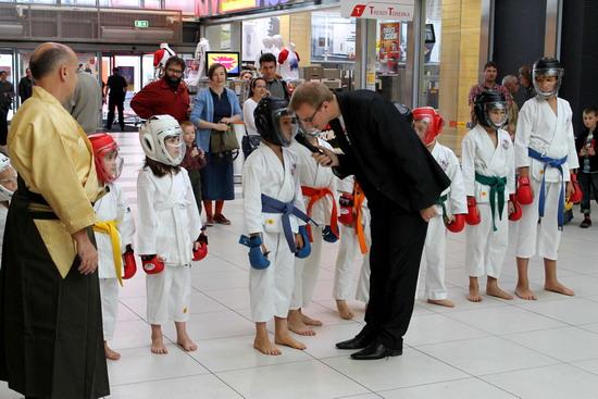 pokaz karate dzieci Praga