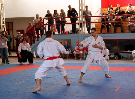 nauka samoobrony karate