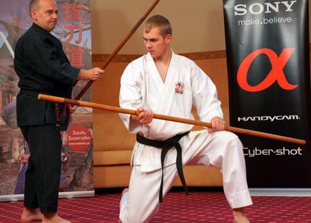pokaz kobudo, bo-jutsu, karate, kobudo