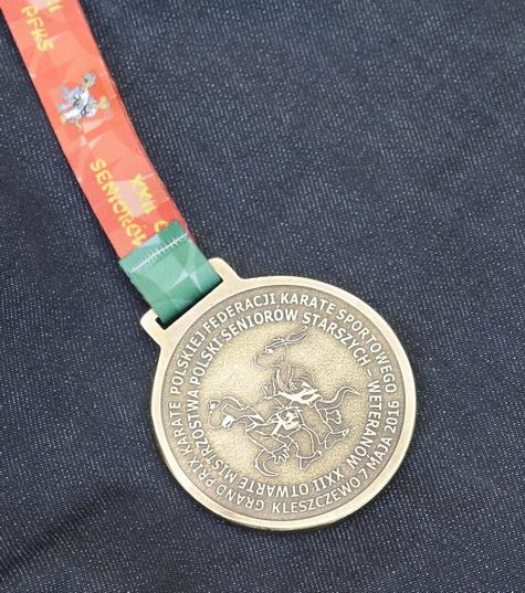 medalGrandPrix2016r